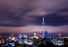 Vue de nuit de ville de Taïpeh Photographie stock