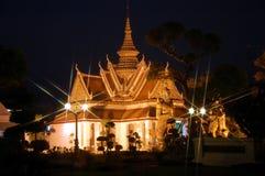 Vue de nuit de Wat Arun à Bangkok Images stock