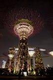 Vue de nuit des jardins par le compartiment Image stock