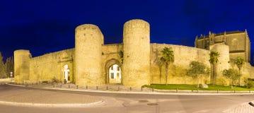 Vue de nuit des murs de Ronda Image libre de droits