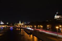 Vue de nuit des tours de Moscou Kremlin Photographie stock