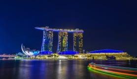 Vue de nuit de Marina Bay, Singapour Images libres de droits