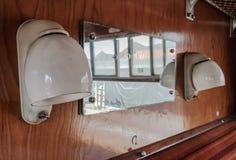 Vue de période d'un compartiment de première classe de train d'une ère passée photographie stock