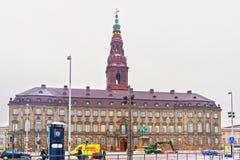 Vue de palais de Christiansborg à Copenhague en hiver Image libre de droits