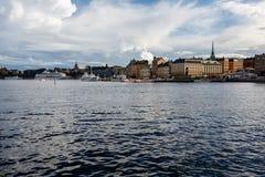 Vue de panorama d'horizon de Stockholm dans Gamla stan, Suède Image libre de droits