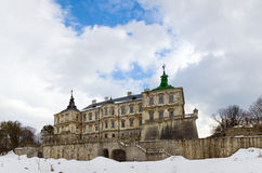Vue de panorama de château de Pidhirtsi de source (Ukraine) Photographie stock