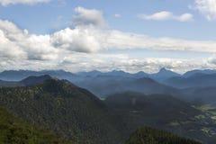 Vue de panorama de montagne Jochberg en Bavière, Allemagne Image stock