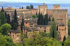Vue de panorama de palais d'Alhambra comme vu de Generalife, Grenade, Andalousie Image libre de droits