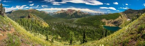 Vue de Panoramatic de vallée de lac wall, lacs NP, Canada Waterton Images libres de droits