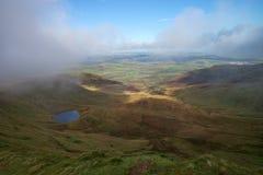 Vue de Panoramatic de vallée dans la balise de Brecon au sud du pays de Galles Images libres de droits