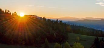 Vue de paysage de Magnificient au coucher du soleil photo libre de droits