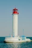Vue de paysage de vieux phare de mer belle Vieille navigation de bâtiment Photographie stock