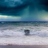 Vue de paysage marin de tempête Photo stock