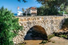Vue de phare de Santa Marta et de musée municipal de Cascais, au Portugal image libre de droits