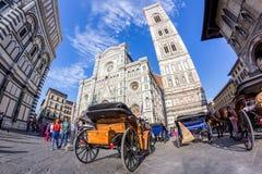 Vue de Piazza del Duomo Images stock