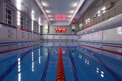 Vue de piscine première Image stock