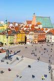 Vue de place de château avec la colonne de Sigismund dans la vieille ville à Varsovie, Pologne Photos libres de droits