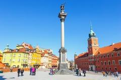 Vue de place de château avec la colonne de Sigismund dans la vieille ville à Varsovie, Pologne Images libres de droits