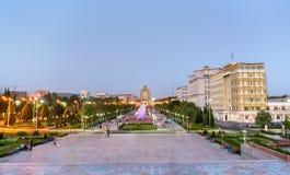 Vue de place de Dousti à Dushanbe, la capitale du Tadjikistan image stock