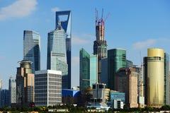 Vue de place financière du monde de Changhaï Photos libres de droits