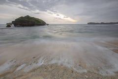 Vue de plage de Ngandong, kidul de Gunung Image libre de droits