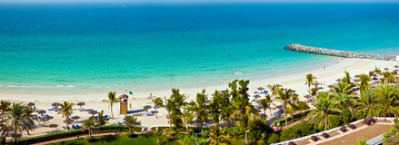 Vue de plage et de mer des EAU photographie stock libre de droits