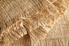 Vue de plan rapproché de tissu naturel plié de chanvre photo libre de droits