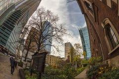 vue de Poisson-oeil avec de vieux et nouveaux bâtiments à Londres, R-U images libres de droits