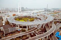 Vue de pont de Changhaï Nanpu, Changhaï, Chine Vue de pont de Changhaï Nanpu, Changhaï, Chine photographie stock