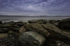 Vue de pont d'océan de Rocky Shore image libre de droits