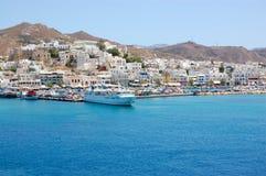 Vue de port d'île de Paros Photo libre de droits