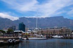 Vue de port dans Victoria et Alfred Waterfront, Cape Town photo libre de droits