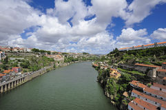 Vue de Porto de passerelle de Luis I (Portugal) Image stock