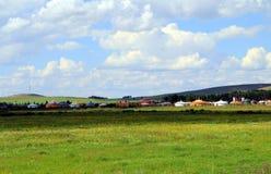 Vue de prairie un jour ensoleillé Photos libres de droits