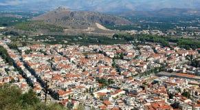 Vue de primevère farineuse de Nafplion, une ville grecque à la péninsule de Péloponnèse images stock