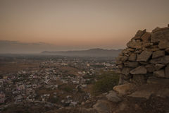 Vue de Pushkar à partir de dessus de temple de Savitri Photo stock