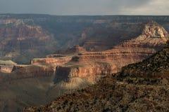Vue de Rim Of The Grand Canyon du sud avec passer des tempêtes Image stock