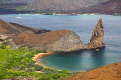 Vue de roche de sommet PA nationale sur de Bartolome île, Galapagos Images libres de droits
