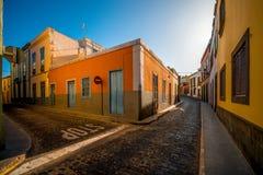 Vue de rue en ville de Santa Maria de Guia Image libre de droits