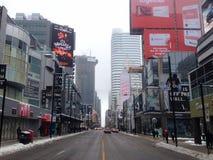 Vue de rue de ville de Toronto Photographie stock libre de droits