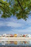 Vue de Séville, Espagne, bord de mer à l'architecture historique du secteur de Triana Photos stock