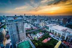 Vue de Siam District moderne au coucher du soleil, à Bangkok, la Thaïlande Photos stock
