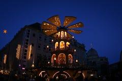 Vue de soirée au centre historique de Dresde sur Noël Photo stock