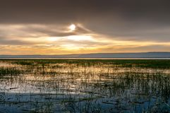 Vue de soirée au lac Awasa images stock