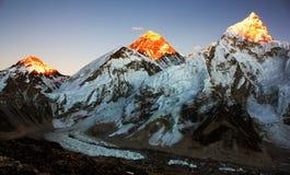 Vue de soirée d'Everest et de Nuptse Photos stock