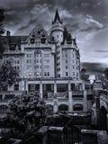 Vue de soirée de Laurier de château de Fairmont dans la ville d'Ottawa Photos libres de droits