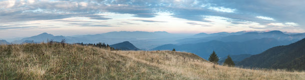 Vue de soirée de plus grand Fatra à haut Tatras photos libres de droits