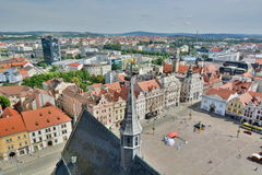 Vue de St Bartholomew &#x27 ; tour de cathédrale de s Plzen République Tchèque photographie stock