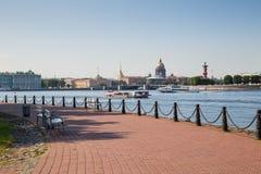 Vue de St Petersburg au jour d'été Images stock