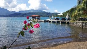 Vue de station de vacances de détroit de Lembeh, Indonésie Images libres de droits